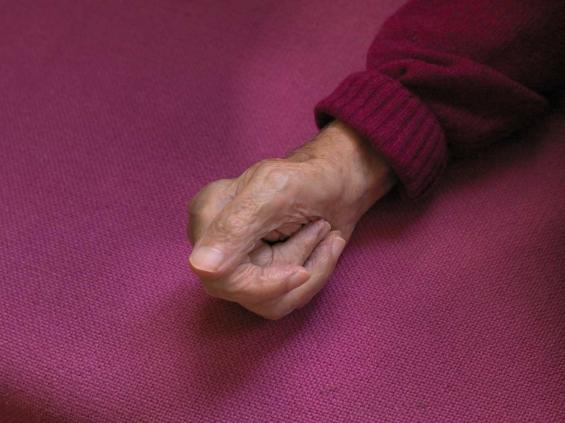 Aat Veldhoen paralyzed hand
