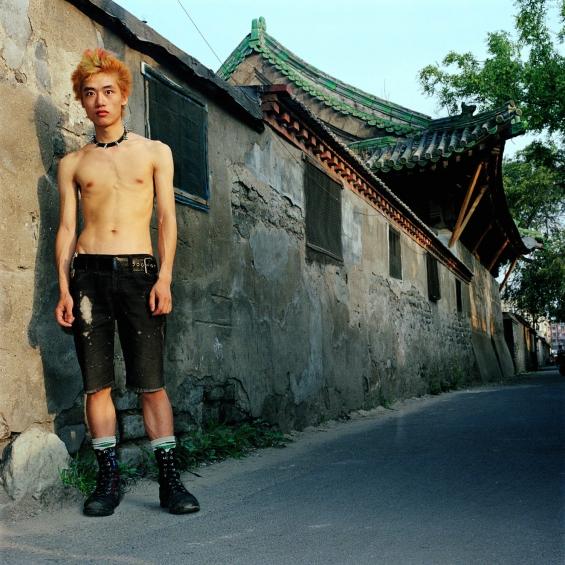 Brain Failure (脑 浊, pinyin: Nǎozhuó) Singer  Xiao Rong