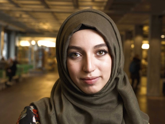 Refugee student Syria Heba Alibrahim: UAF
